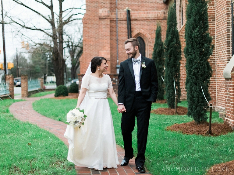 Anchored in Love NYE Wedding Mariana & Cody NC Wedding